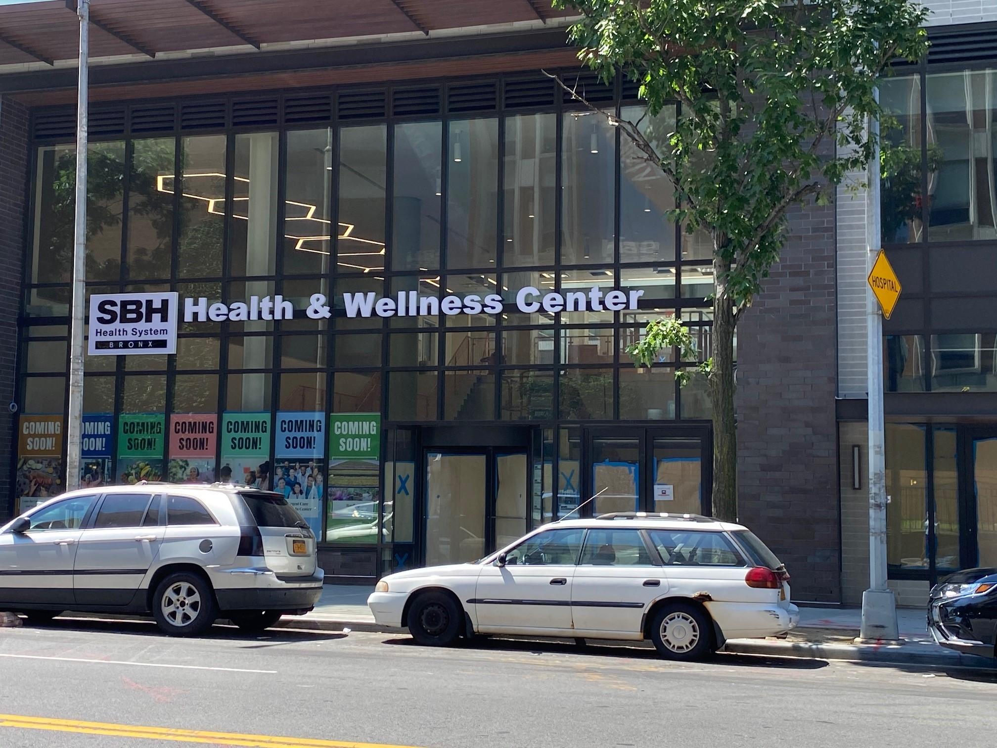 SBH-Health-and-Wellness-Entrance-r